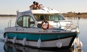 Nicols Duo Estivale ein ideales Hausboot für ein Paar