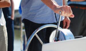 Hausboot steuern