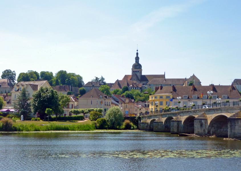 Hausboot fahren in Frankreich, Burgund, Saône, Gray