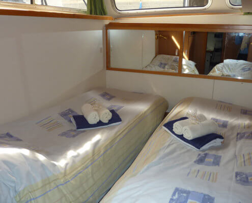 Hausboot Goldflower mit 3 Kabinen