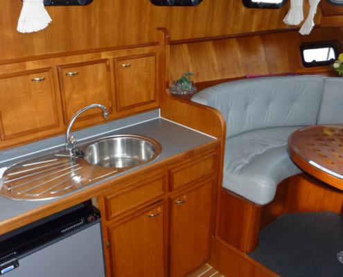 Hausboot Iris Holland Küchenzeile