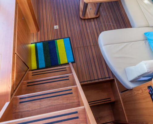 Hausboot Linssen 34.9 Treppe zum Aussendeck