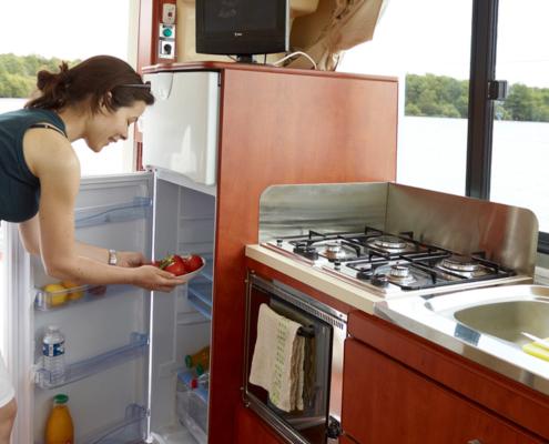 Hausboot Nicols Quattro Küchenzeile