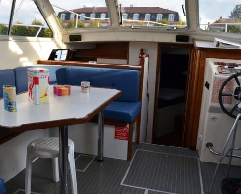 Hausboot Tarpon 37 Wohnraum