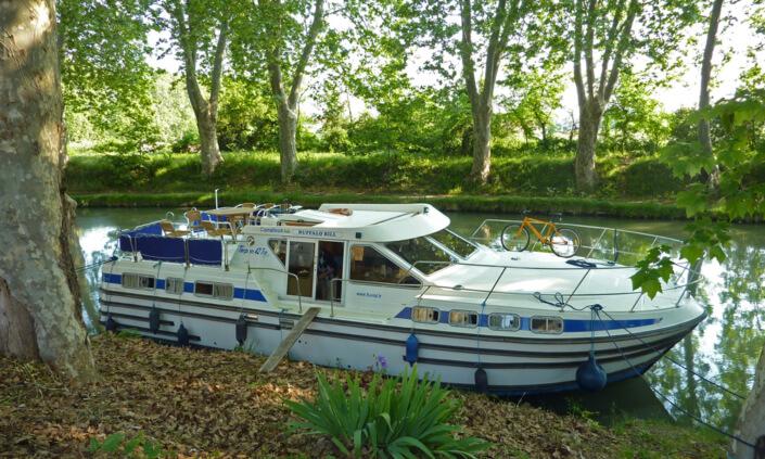 Hausboot Tarpon 42 TP mit 3 Kabinen