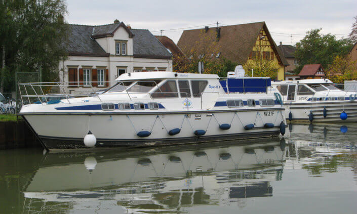 Hausboot Tarpon 42N mit 4 Kabinen