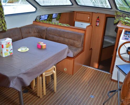 Hausboot Tarpon 42 N Wohnraum
