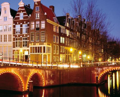 Hausboot Holland Amsterdam bei Nacht