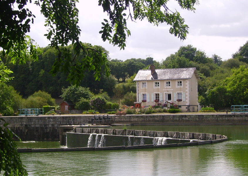Hausboot Mayenne Schleusenhaus