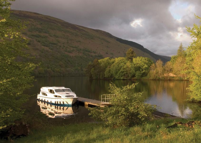 Bootsferien Schottalnd Hausbootrevier Caledonian Canal Loch Oich