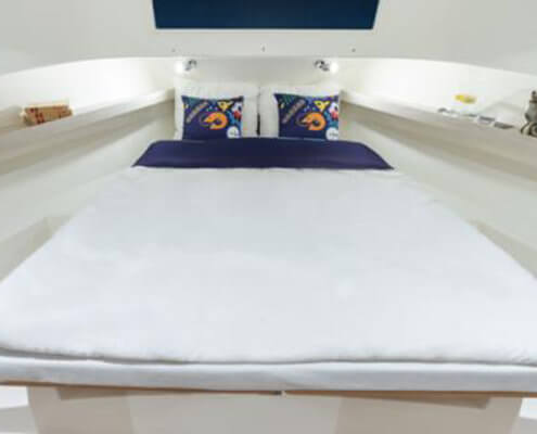 Hausboot Horizon, Schlafkabine im Bug