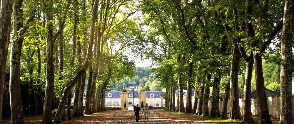 Chateau Ancy-le-Franc am Canal-de-Bourgogne