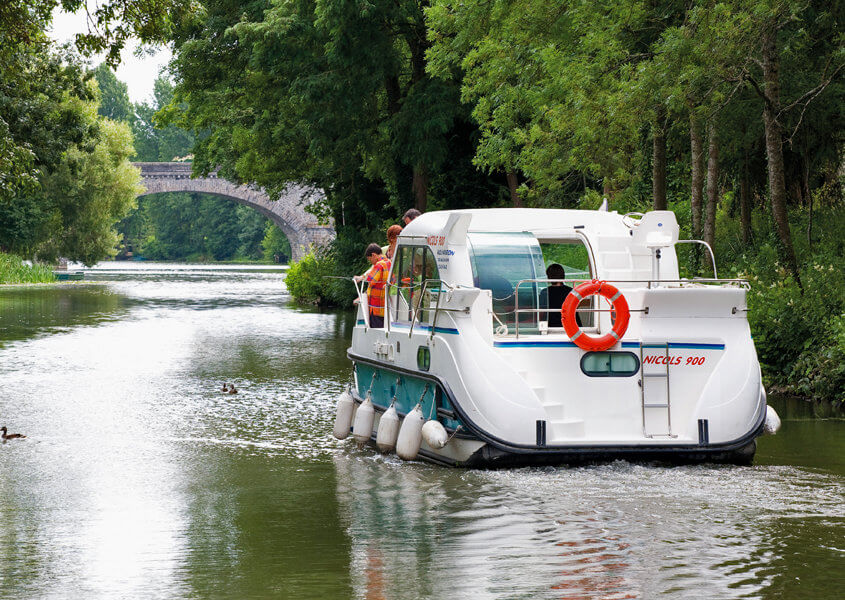 Hausboot mieten Nicols 900 dp für 4-6 Personen