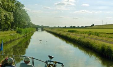 Hausboot auf dem Canal du Nivernais