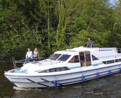 Hausboot Classique S mit 4 Kabinen führerscheinfrei