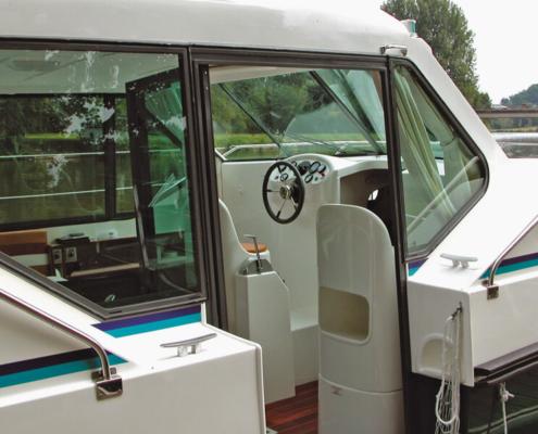 Hausboot Nicols 900 Steuerstand