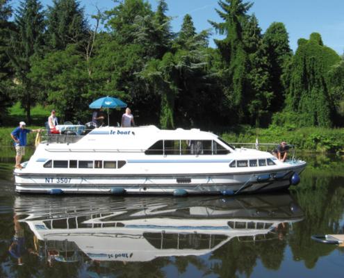 Hausboot mieten führerscheinfrei für 6 Personen