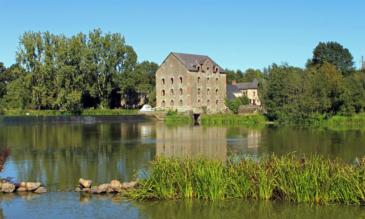 Hausbooturlaub an der Mayenne