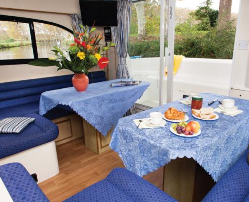Hausboot mieten Elegance Wohnraum