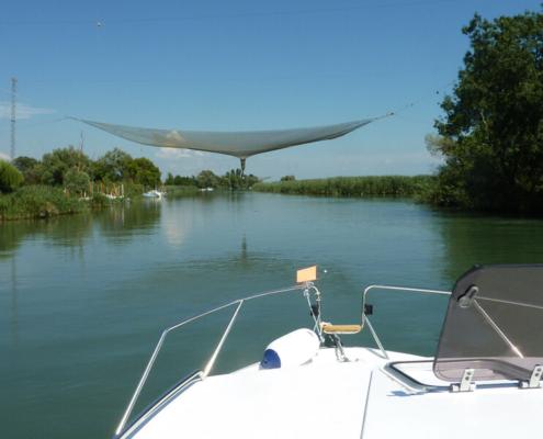 mit dem Hausboot durch die Lagune Grado Marano Fluss Stella