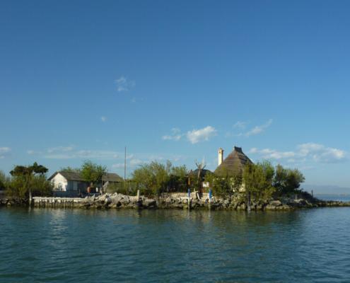Hausboot fahren in der Lagune Grado Marano Reif für die Insel