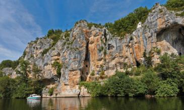 Hausboot mieten am Lot Frankreich