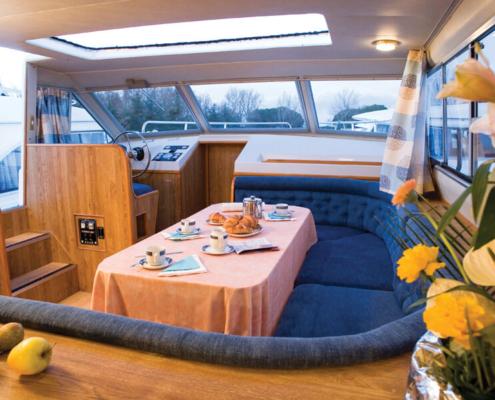 Hausboot mieten führerscheinfrei Wohnraum Royal Classique