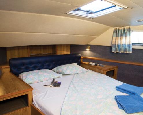 Hausboot Royal Classique Bugkabine