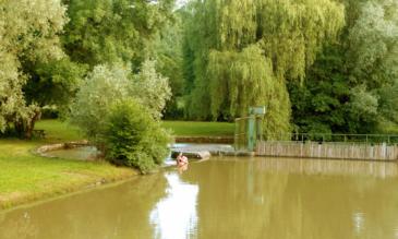 Hausbootfahrt auf dem Canal du Nivernais - Barrage de Fleury