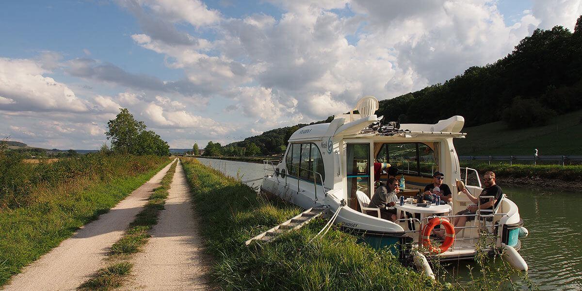 Hausboot Nicols auf dem Canal de Bourgogne