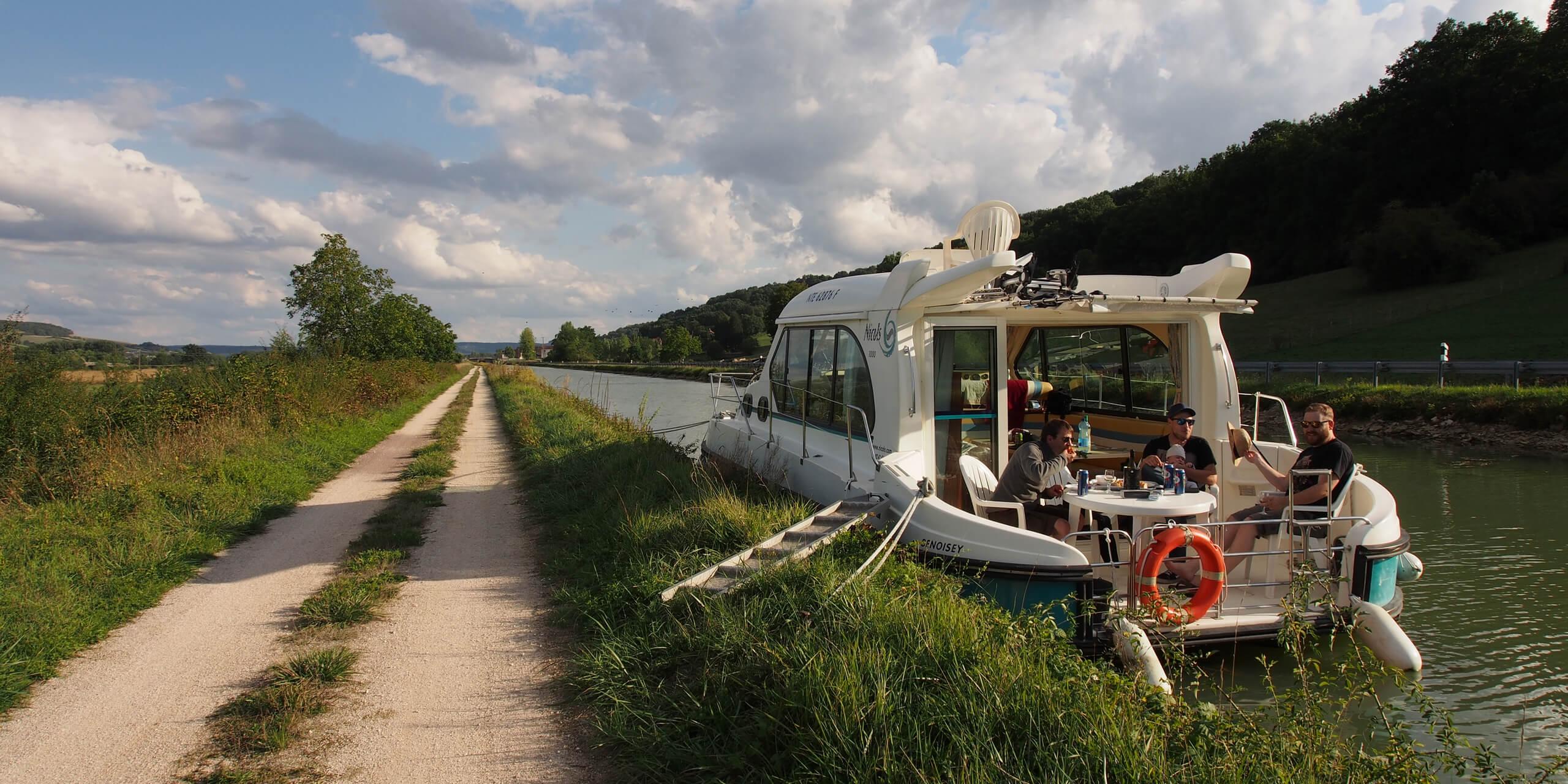 Hausbooturlaub Hausboot mieten führerscheinfrei