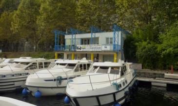 Hausboot mieten Lot Hausbootbasis Luzech