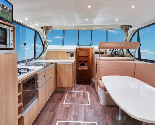 Nicols Prestige C Küche und Wohnraum