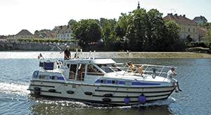 Hausbooturlaub Saône führerscheinfrei auf den schönsten Flüssen und Kanälen