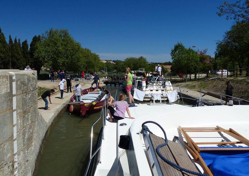 Canal du Midi Hausboote Schleusentreppe Fonserannes