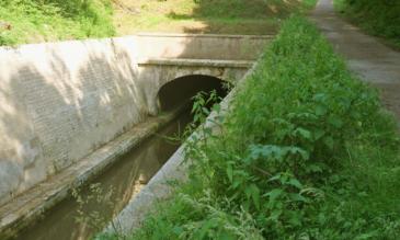 Canal-du-Nivernais Tunnel La Collancelle