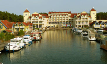 Hafendorf Rheinsberg Hafen Hofel und Restaurant