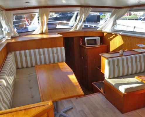 Hausboot Holland Wohnraum Mariska