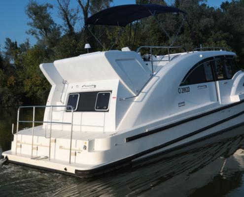 Hausboot Minuetto Außenansicht