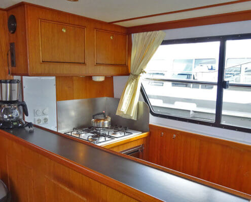 Hausboot Friesland Poseidon Küchenzeile