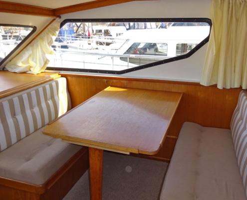 Hausboot Poseidon großes Boot in Friesland