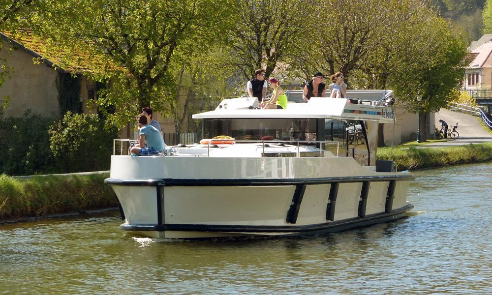 Hausboot Horizon 3 unterwegs im Elsass