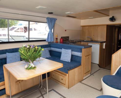 Hausboot Salsa Wohnraum
