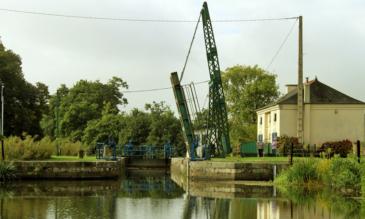 Schleuse mit Hebebrücke