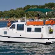 Hausboot Tip Top Außenansicht
