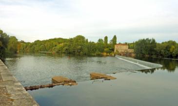 Hausboot mieten am Lot in frankreich