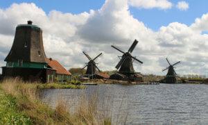 Mühlen im Museumsdorf Zaanse Schans Holland